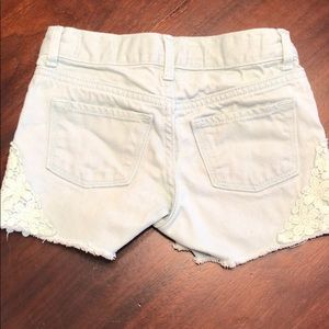Old Navy Mint colored denim short with lace